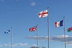 flags-1070012_1920